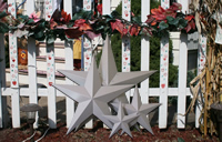 Primed metal stars ready for you to decorate any way you want!